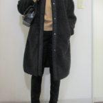 ノーカラーコートにはタートルネックセーターが・・・やっぱり合う♡