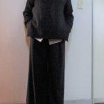 ユニクロ値下げ品☆ストライプシャツとセーターコーデ